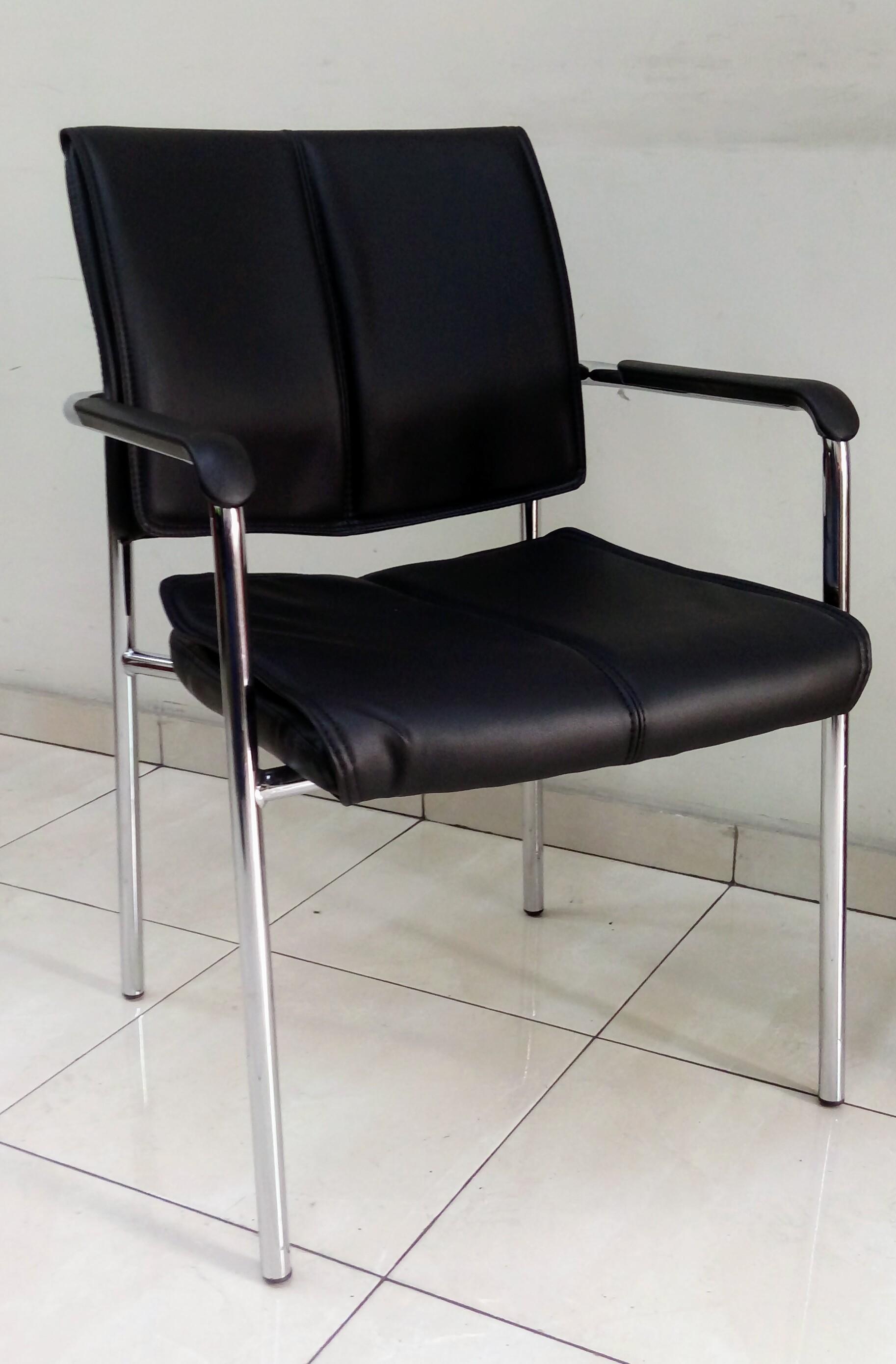 כסא דגם עדן