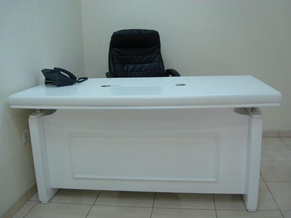 שולחן מנהל דגם A-06 לבן