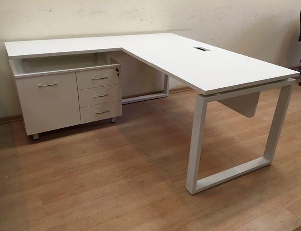 שולחן מנהל דגם A-68 לבן