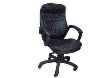 כסא מנהלים מדגם מגה שחור