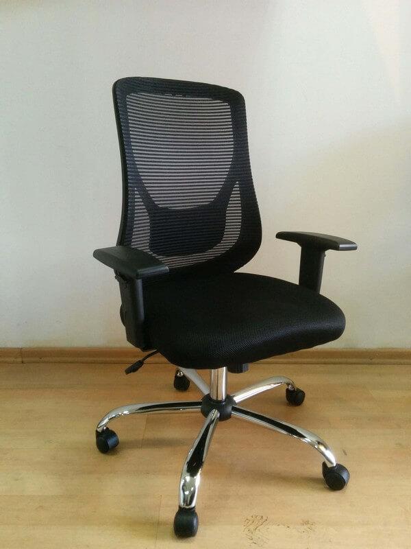 כסא דגם רינת גב רשת