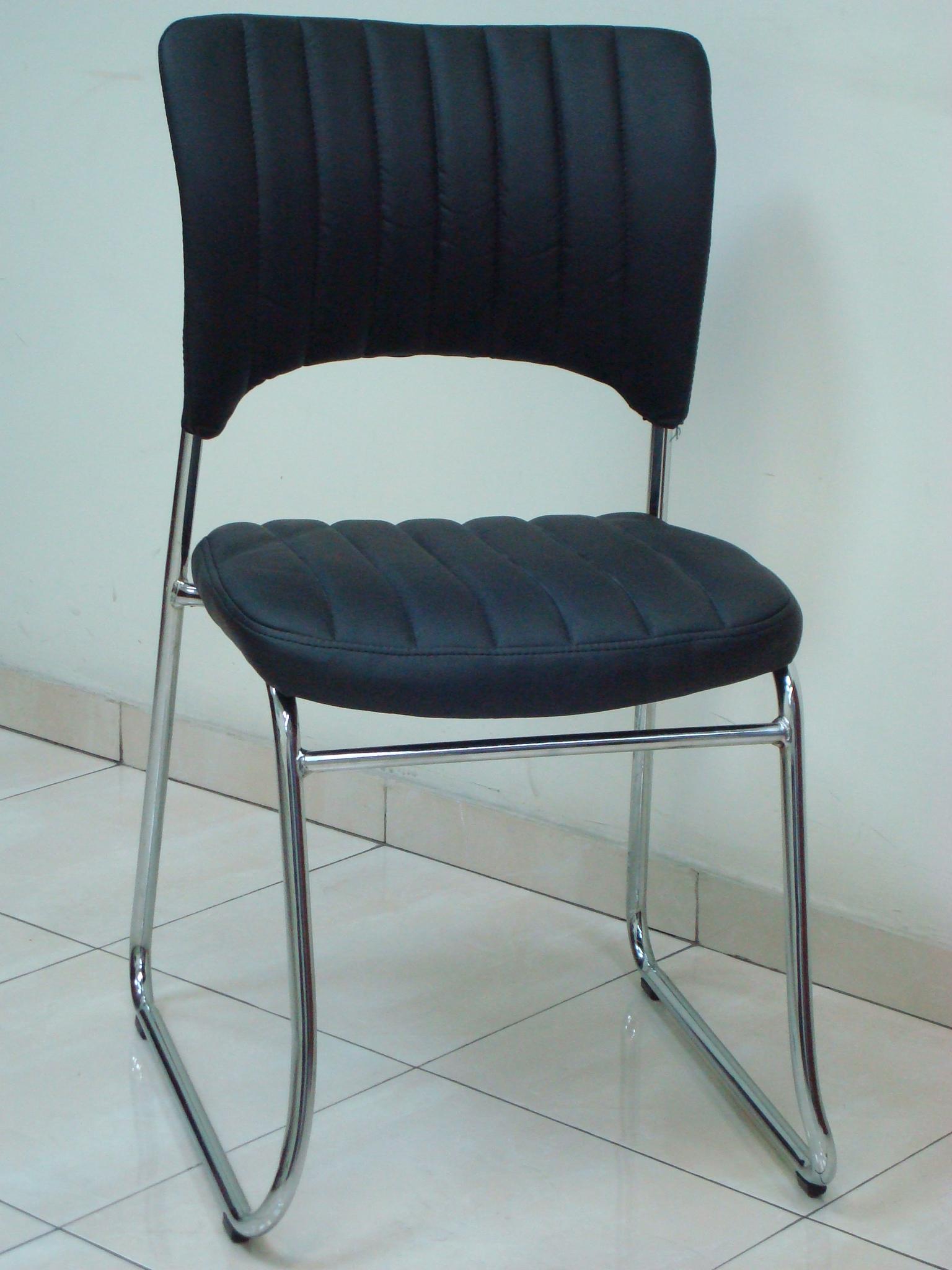 כסא דגם טלי