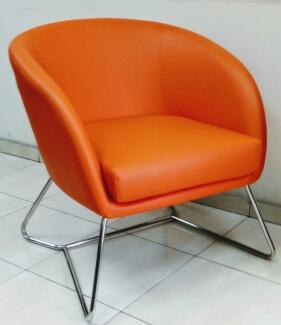 כיסא למשרד מדגם ליאת כתום