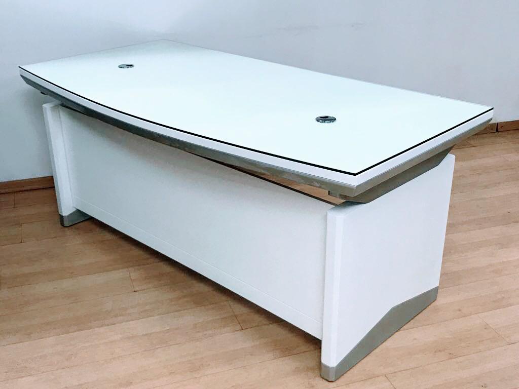שולחן מנהלים דגם A-11 לבן זכוכית