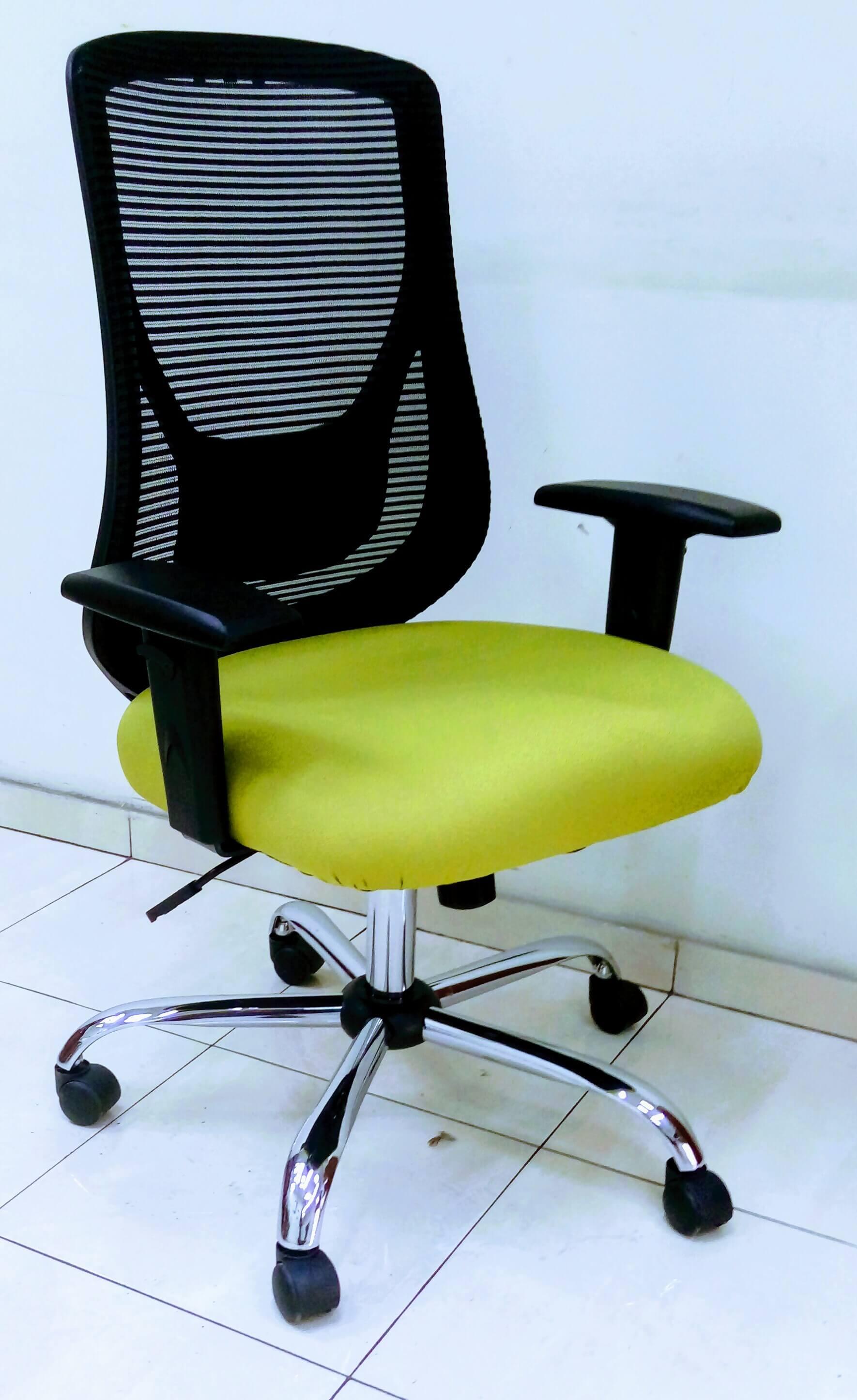 כסא דגם רינת מושב מרופד