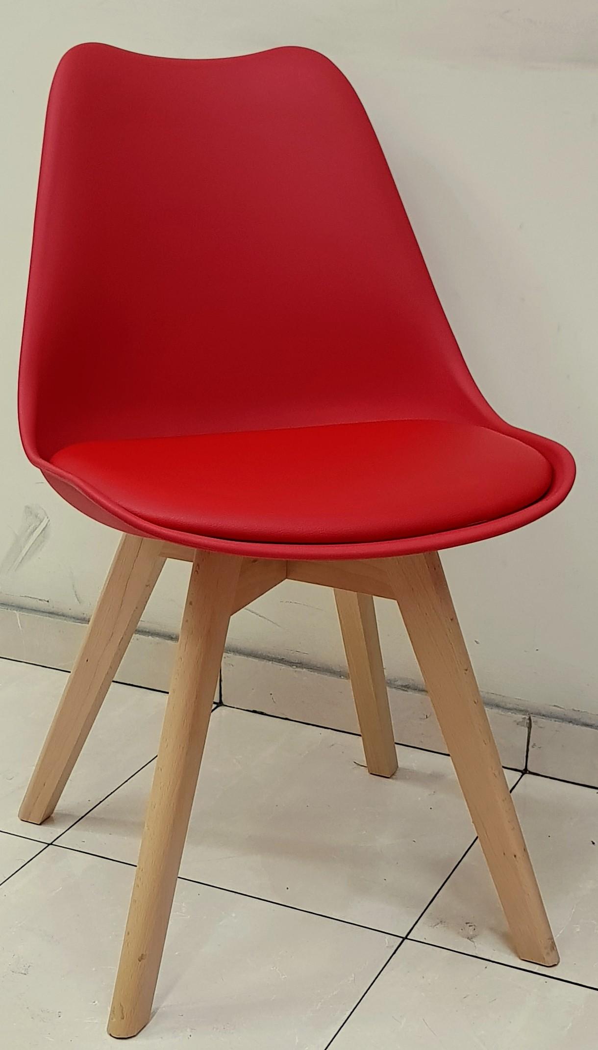 """כסא דגם """"שקד"""" אדום"""