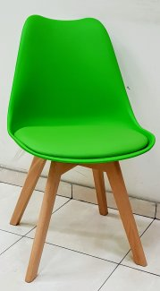 כסא שקד ירוק