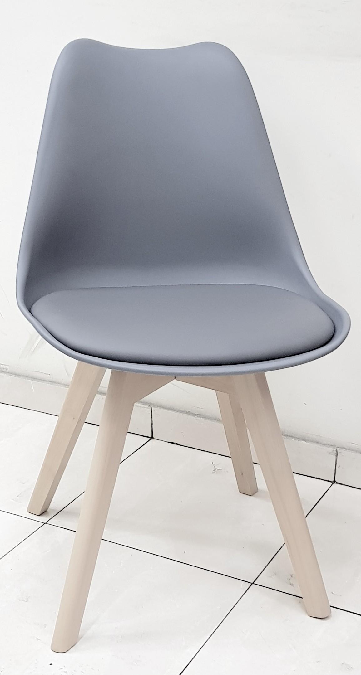 """כסא דגם """"שקד"""" אפור"""