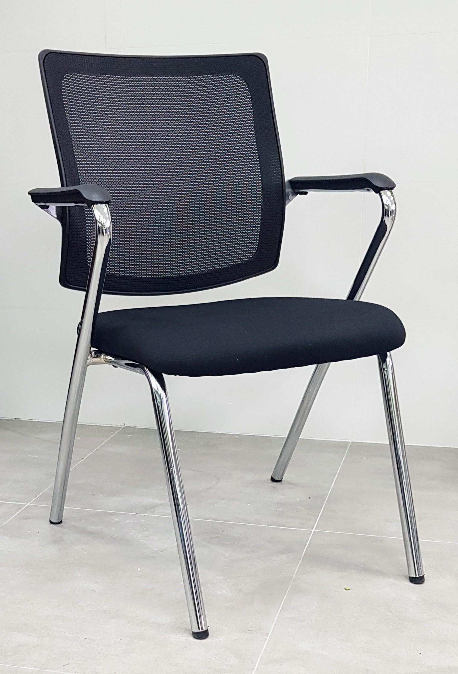 """כסא אורח דגם """"מאיה"""""""