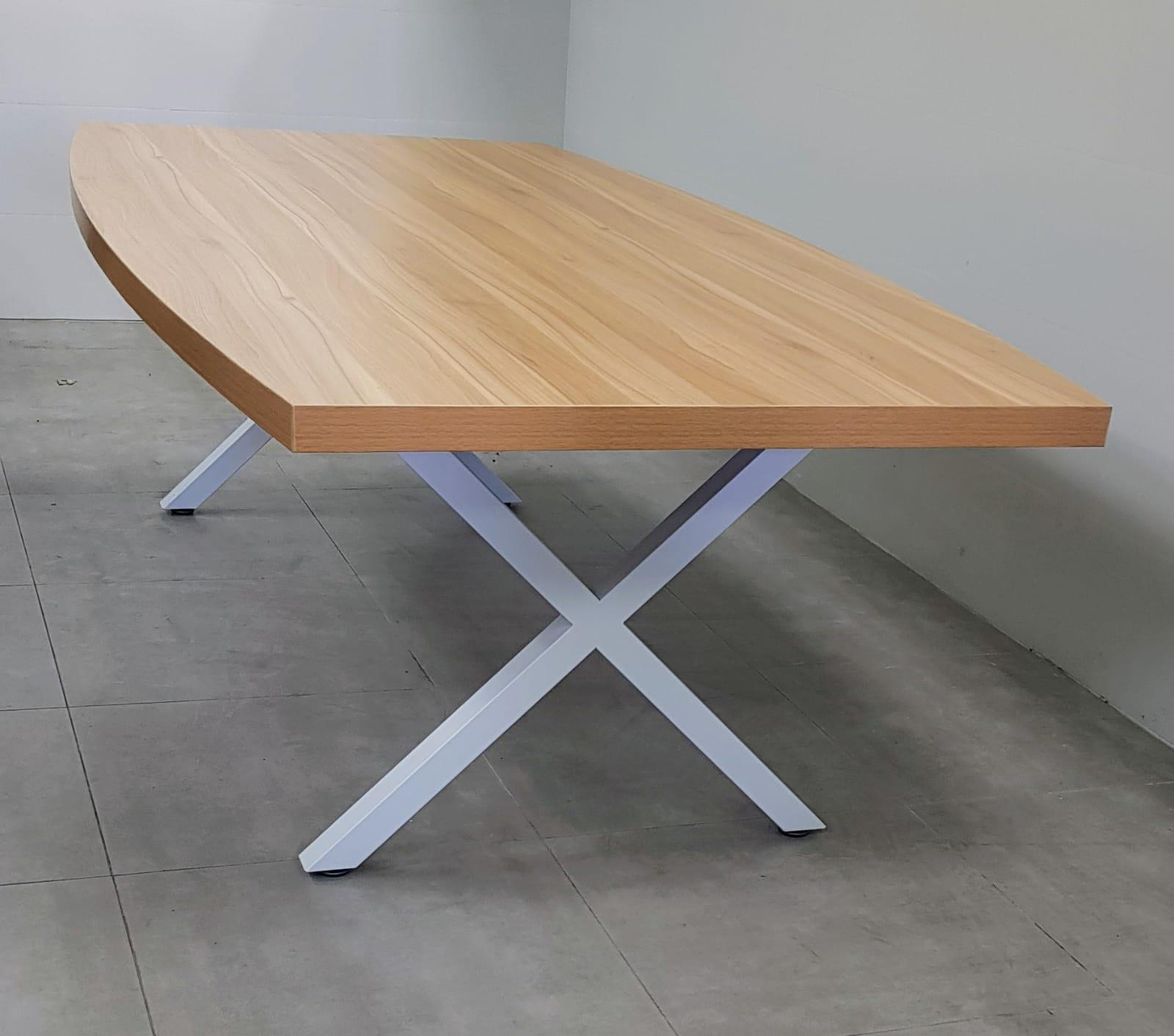 שולחן ישיבות אובלי 200X100 בצבע אלון רגל לבן