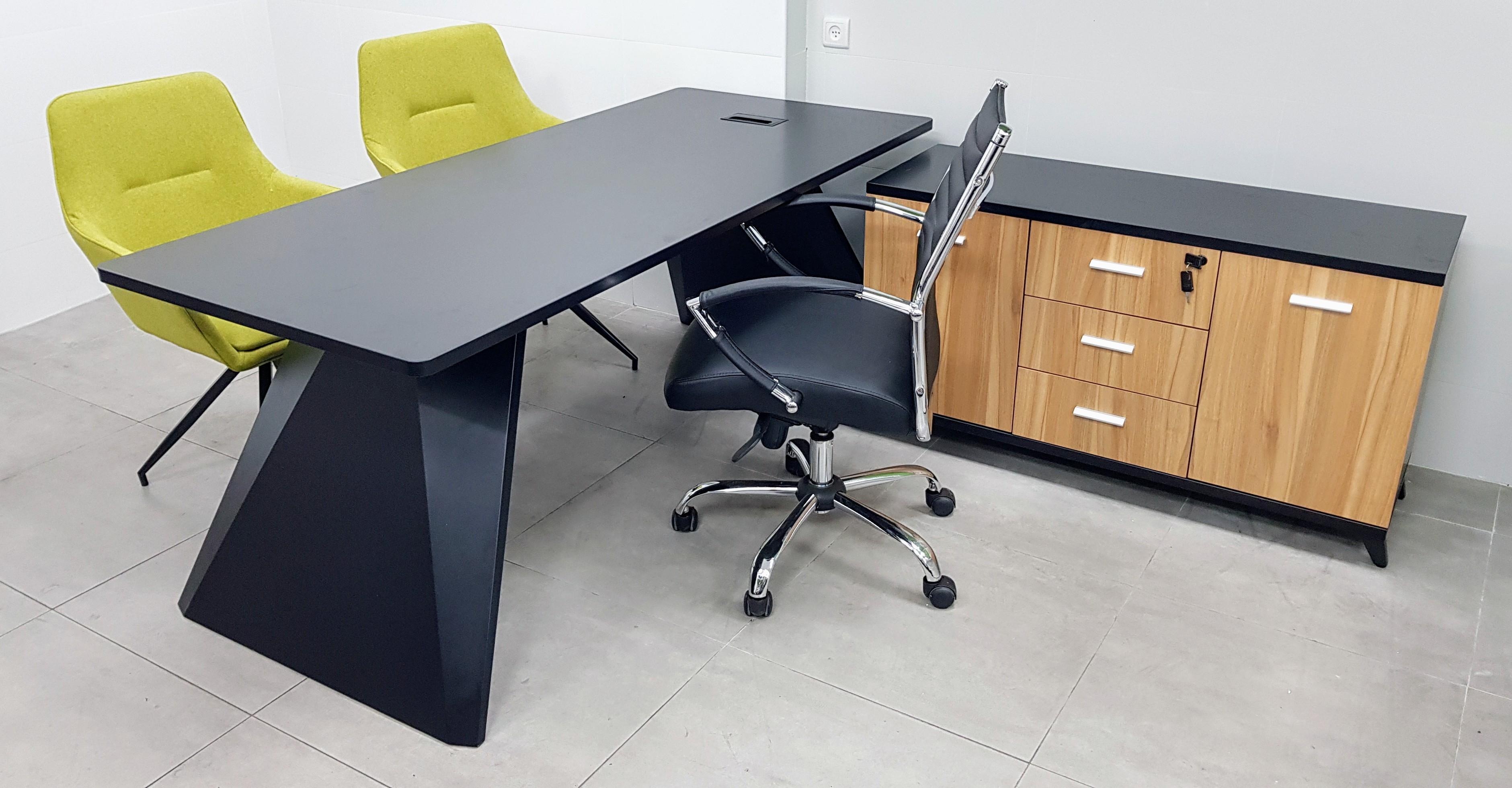 שולחן מנהל 180X80 / 200X80 רגל מתכת סטינג צבע שחור אלון