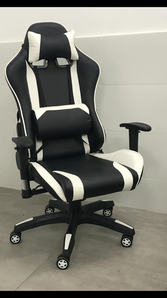 כסא גיימרים פרימיום שחור לבן