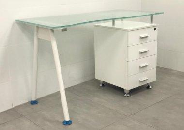 שולחן מחשב זכוכית דגם רויטל