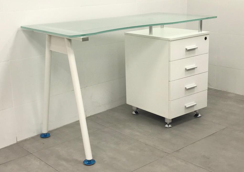 """שולחן מחשב זכוכית דגם """"רויטל"""""""