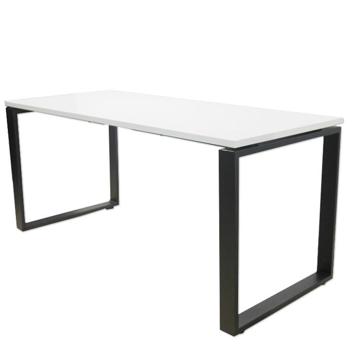 """שולחן """"פלזמה"""" במידה 120X70 רגל חלון צבע שחור במבצע!!!"""