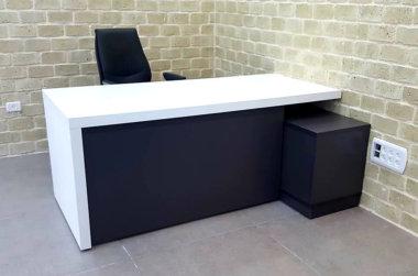שולחן מנהל מור 2