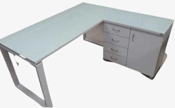 """שולחן מנהל """"פלזמה"""" רתומה ארון דלת ושורת מגירות"""